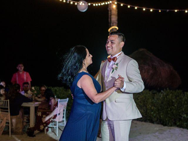 La boda de Gustavo y Ariadna en Cozumel, Quintana Roo 85