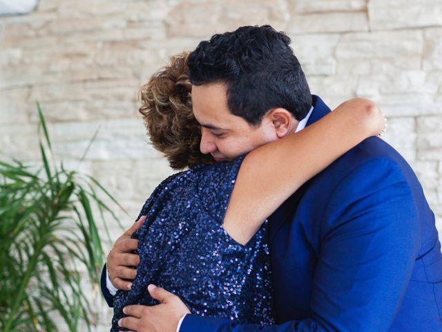 La boda de Yahel y Tatiana en Cancún, Quintana Roo 34