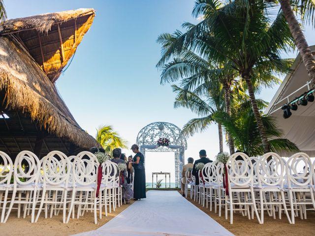 La boda de Yahel y Tatiana en Cancún, Quintana Roo 36
