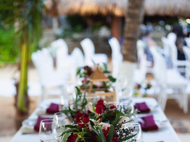 La boda de Yahel y Tatiana en Cancún, Quintana Roo 40
