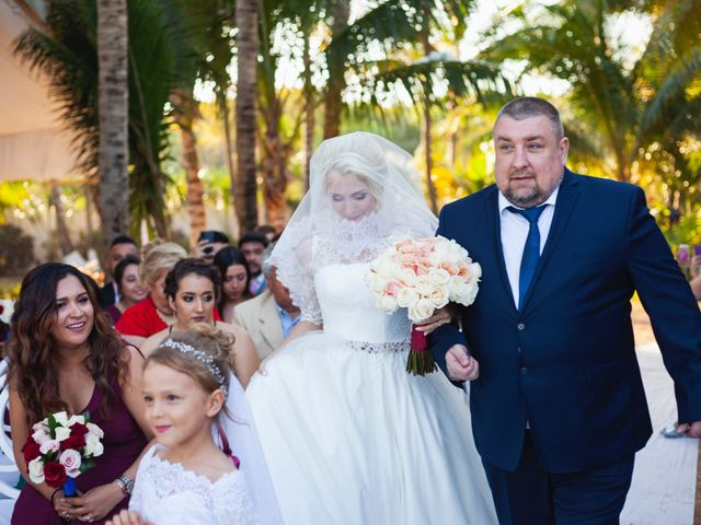 La boda de Yahel y Tatiana en Cancún, Quintana Roo 47