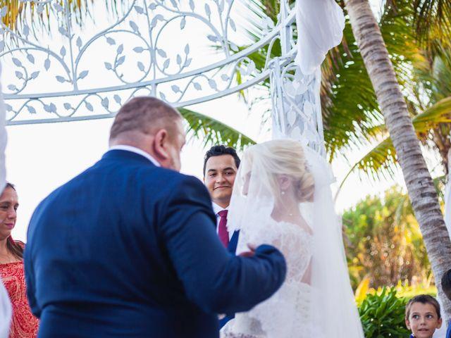 La boda de Yahel y Tatiana en Cancún, Quintana Roo 48
