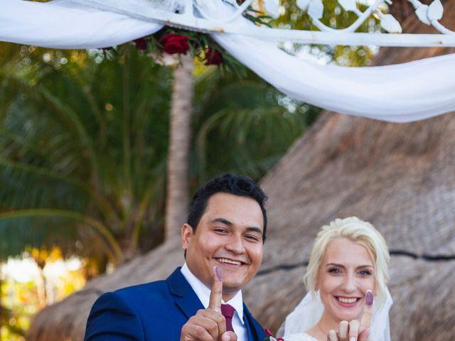 La boda de Yahel y Tatiana en Cancún, Quintana Roo 51