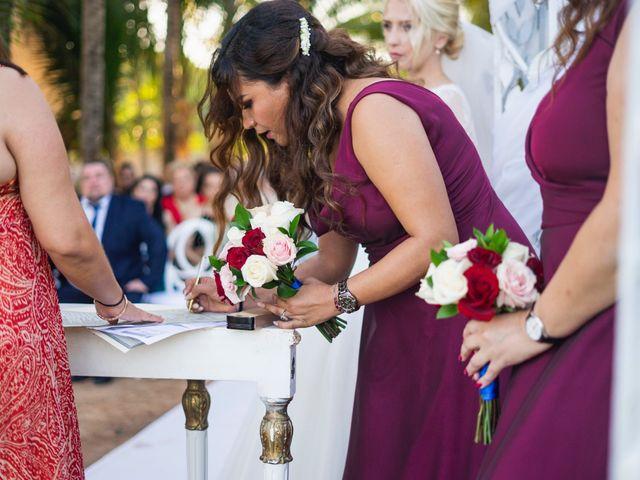 La boda de Yahel y Tatiana en Cancún, Quintana Roo 52