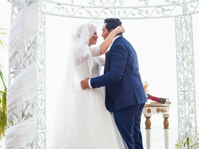 La boda de Yahel y Tatiana en Cancún, Quintana Roo 60