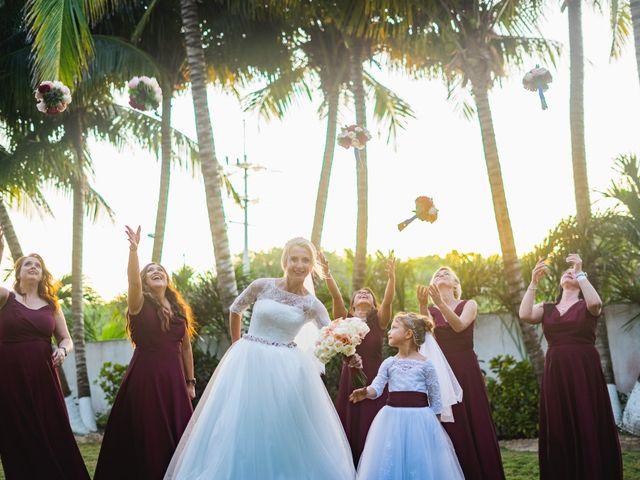 La boda de Yahel y Tatiana en Cancún, Quintana Roo 77