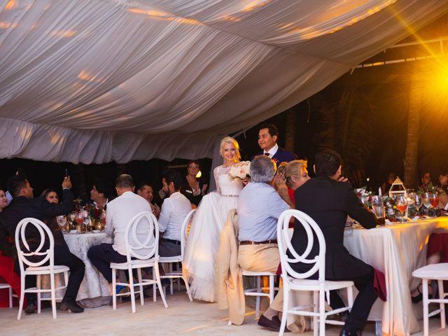 La boda de Yahel y Tatiana en Cancún, Quintana Roo 87