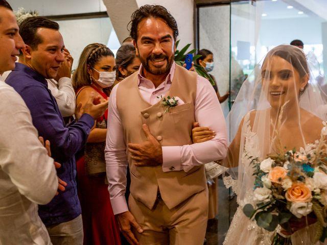 La boda de Michel y Odalis en Cancún, Quintana Roo 15