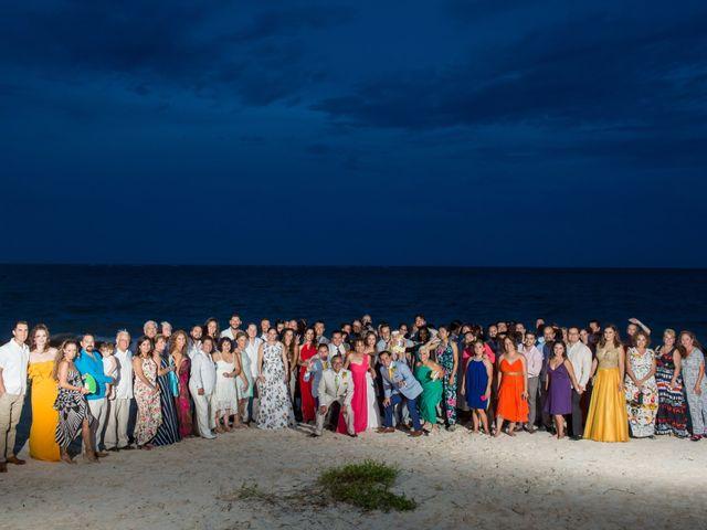 La boda de Álex y Karla en Cancún, Quintana Roo 31