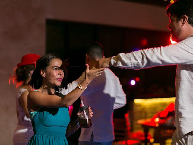 La boda de Álex y Karla en Cancún, Quintana Roo 46