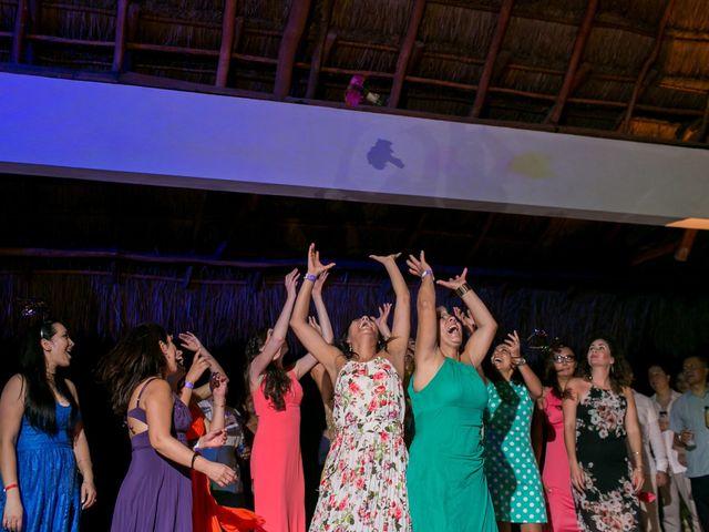 La boda de Álex y Karla en Cancún, Quintana Roo 49