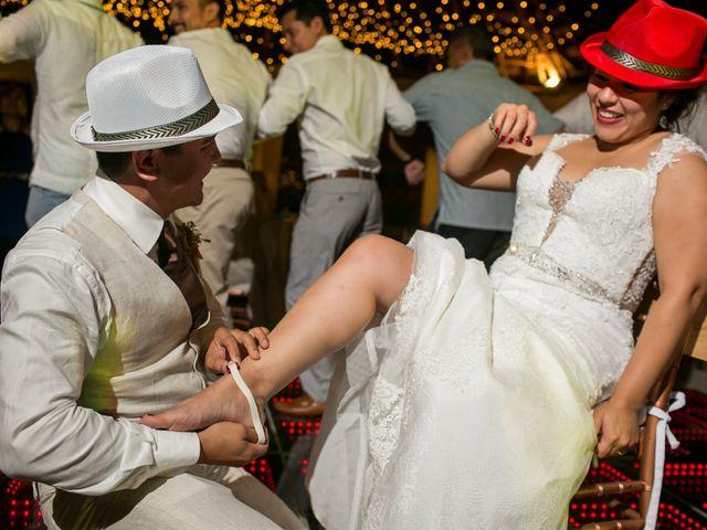 La boda de Álex y Karla en Cancún, Quintana Roo 50