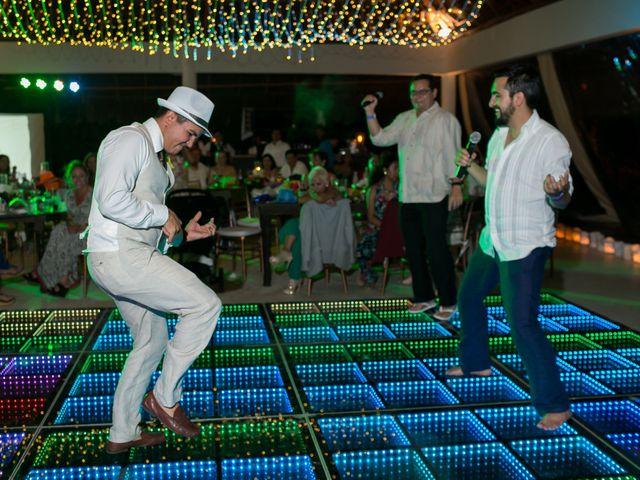 La boda de Álex y Karla en Cancún, Quintana Roo 51