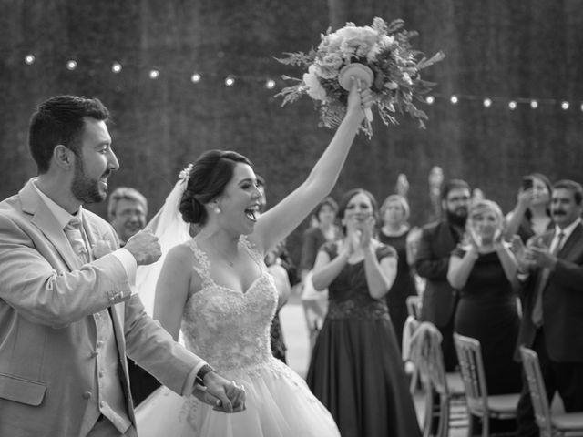 La boda de Vale y Bernardo