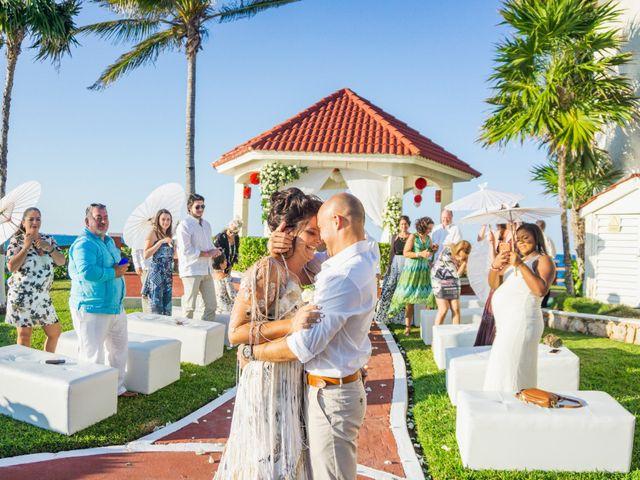 La boda de Alonso y Monique en Isla Mujeres, Quintana Roo 62