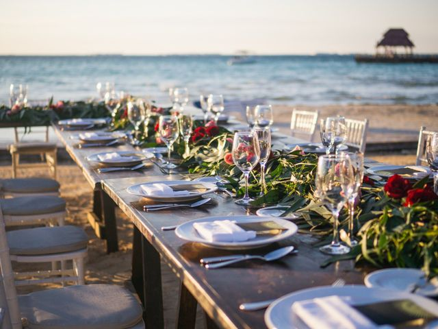 La boda de Alonso y Monique en Isla Mujeres, Quintana Roo 65