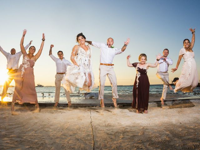 La boda de Alonso y Monique en Isla Mujeres, Quintana Roo 72