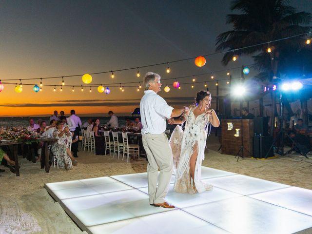 La boda de Alonso y Monique en Isla Mujeres, Quintana Roo 93