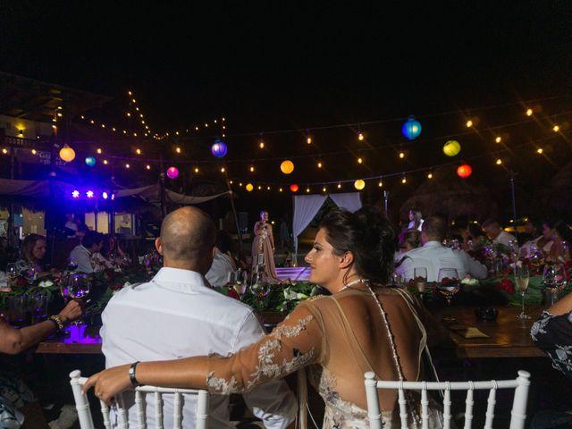 La boda de Alonso y Monique en Isla Mujeres, Quintana Roo 104