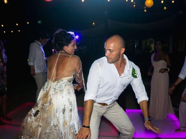La boda de Alonso y Monique en Isla Mujeres, Quintana Roo 108