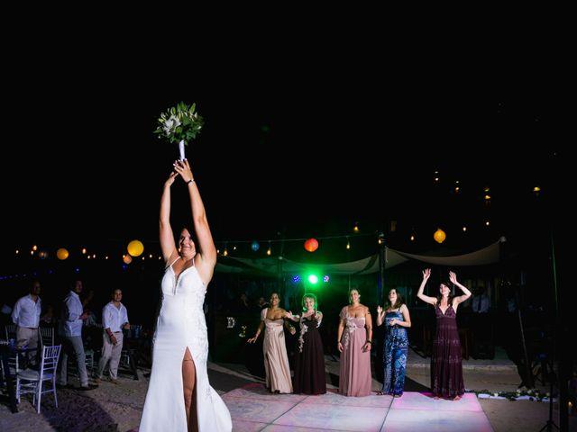 La boda de Alonso y Monique en Isla Mujeres, Quintana Roo 121