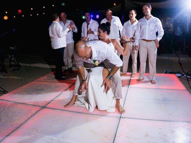 La boda de Alonso y Monique en Isla Mujeres, Quintana Roo 125