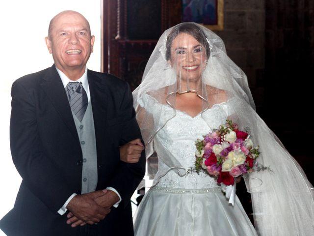 La boda de Mauricio y Tessi en Zapopan, Jalisco 16