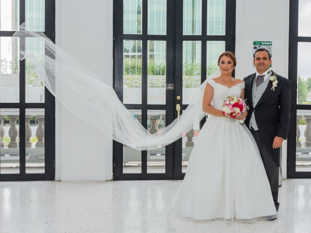 La boda de Mauricio y Tessi en Zapopan, Jalisco 31