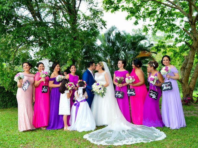 La boda de Javier y Marlin en Comalcalco, Tabasco 5