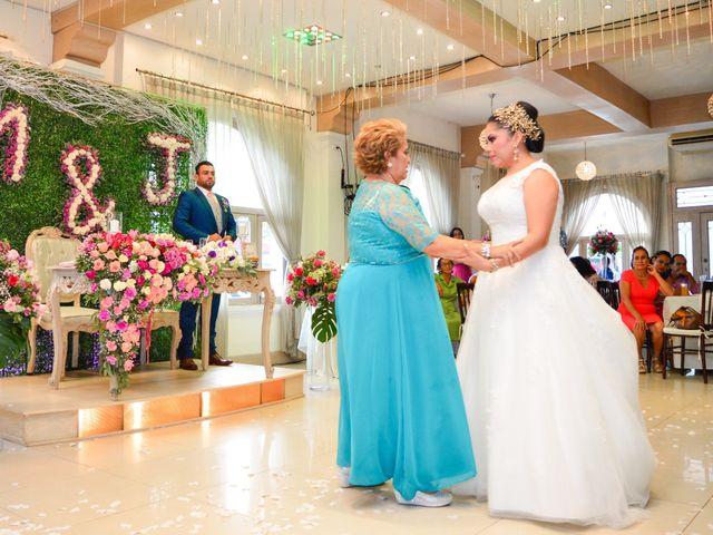 La boda de Javier y Marlin en Comalcalco, Tabasco 6