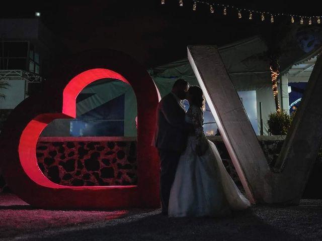 La boda de Shannon  y León