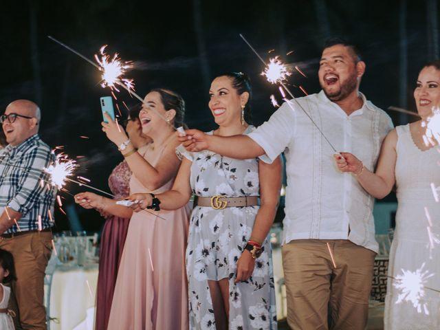 La boda de Alberto y Nora en Manzanillo, Colima 12