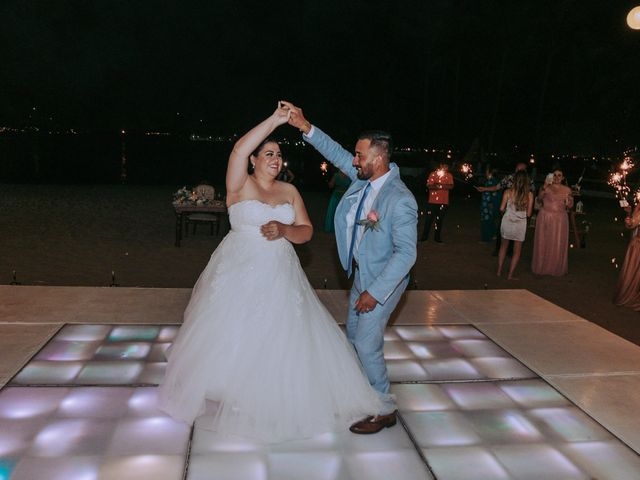 La boda de Alberto y Nora en Manzanillo, Colima 24