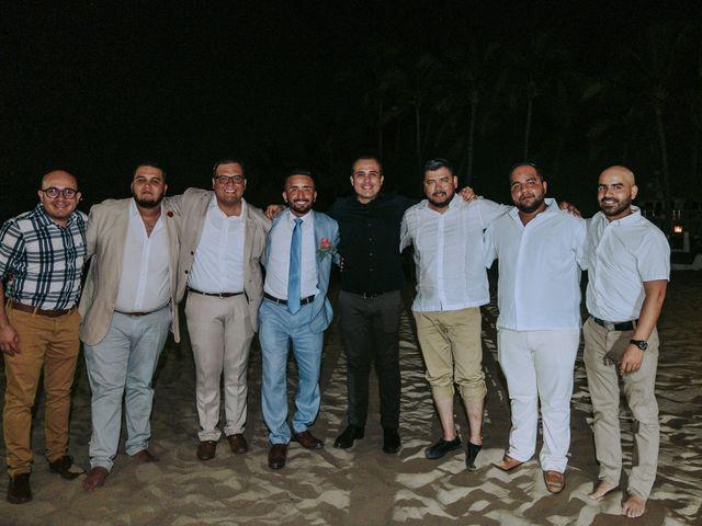 La boda de Alberto y Nora en Manzanillo, Colima 30