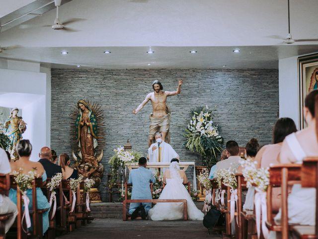 La boda de Alberto y Nora en Manzanillo, Colima 32