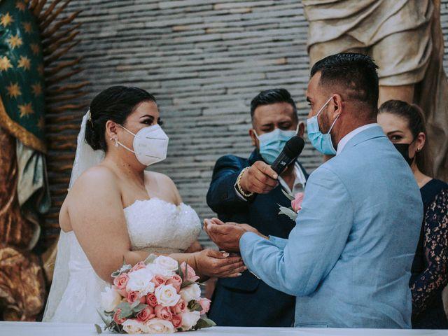 La boda de Alberto y Nora en Manzanillo, Colima 34