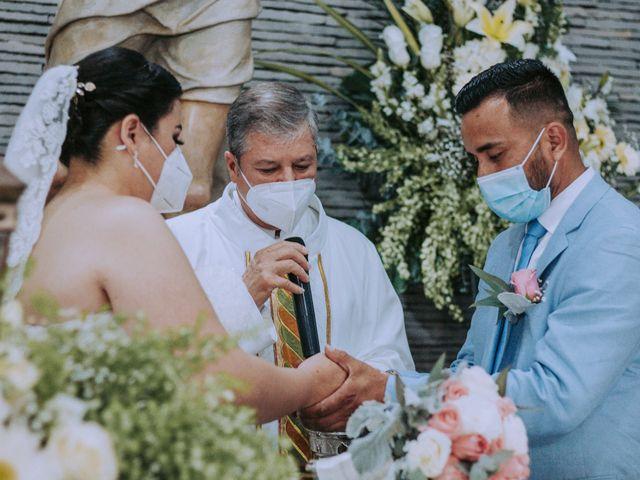 La boda de Alberto y Nora en Manzanillo, Colima 35
