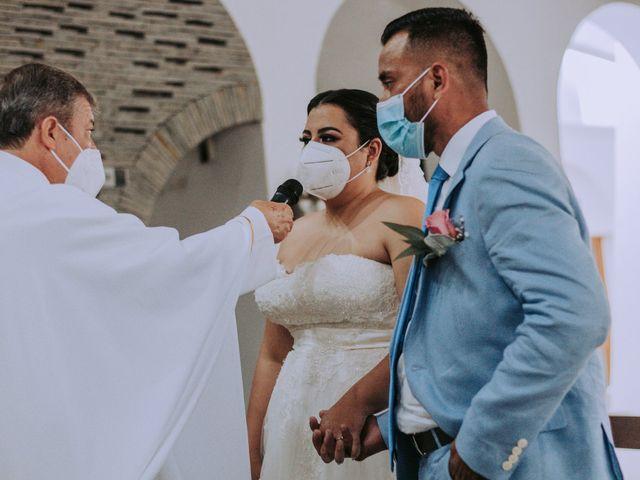 La boda de Alberto y Nora en Manzanillo, Colima 37