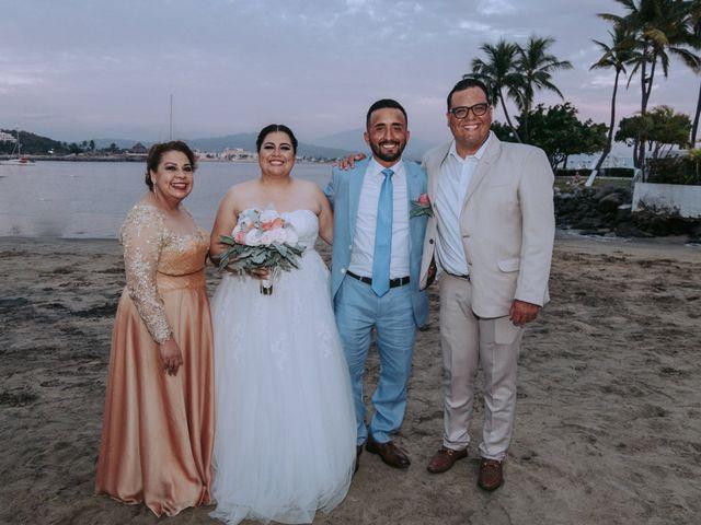 La boda de Alberto y Nora en Manzanillo, Colima 41