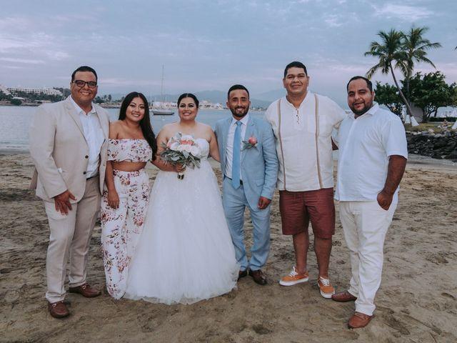 La boda de Alberto y Nora en Manzanillo, Colima 42