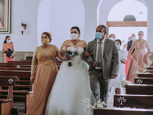 La boda de Alberto y Nora en Manzanillo, Colima 43