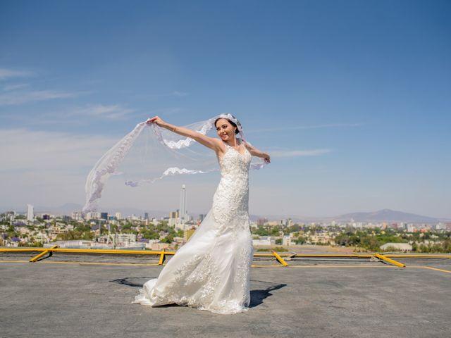 La boda de Javier y Aimee en Guadalajara, Jalisco 15