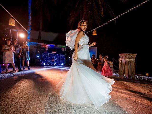 La boda de Ernesto y Alisa en Huatulco, Oaxaca 39