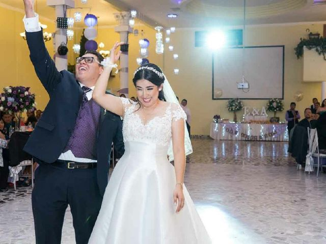 La boda de Ernesto y Alejandra en Ecatepec, Estado México 28
