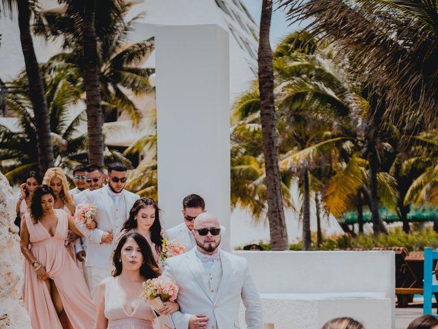 La boda de Mario y Marilyn en Cancún, Quintana Roo 17