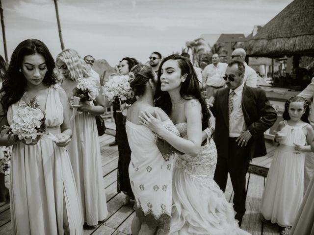 La boda de Mario y Marilyn en Cancún, Quintana Roo 30
