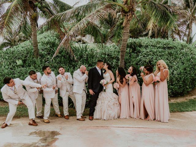 La boda de Mario y Marilyn en Cancún, Quintana Roo 31