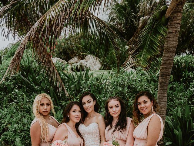 La boda de Mario y Marilyn en Cancún, Quintana Roo 32