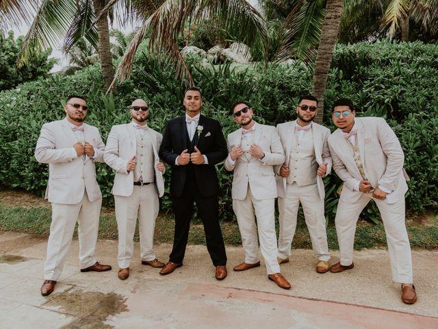 La boda de Mario y Marilyn en Cancún, Quintana Roo 35