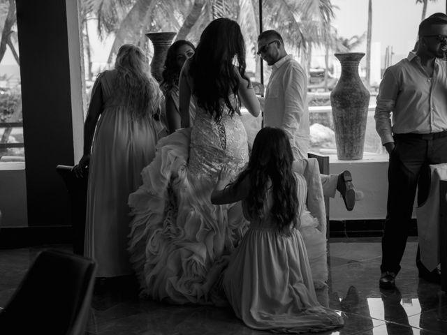 La boda de Mario y Marilyn en Cancún, Quintana Roo 40